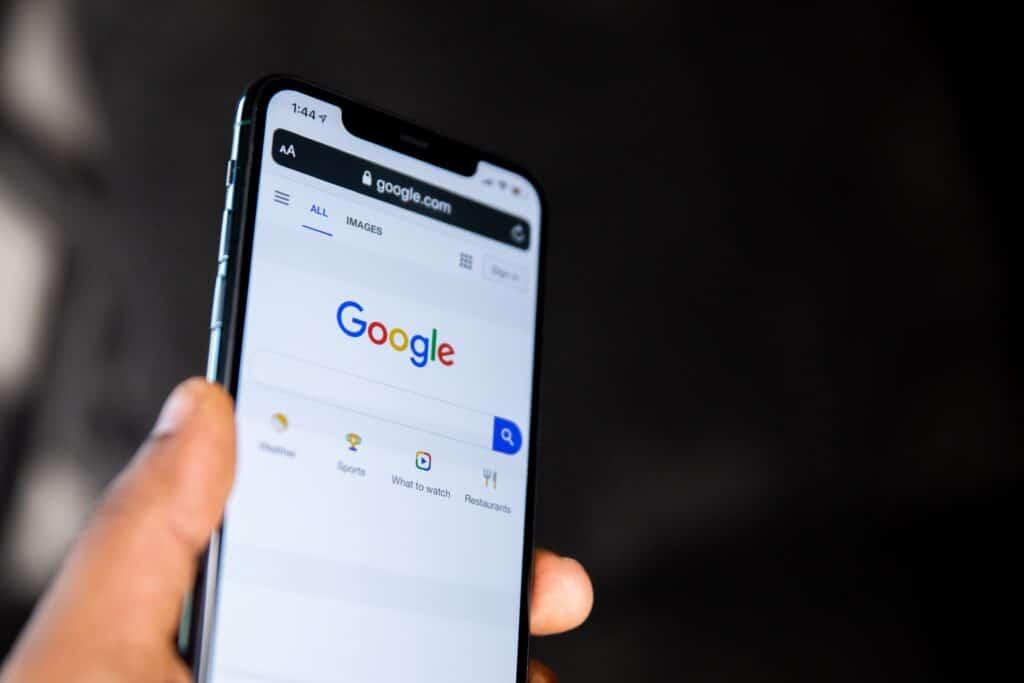Mobil m. Google. SEO-hjælp v. Berit Bai. beritbai.dk